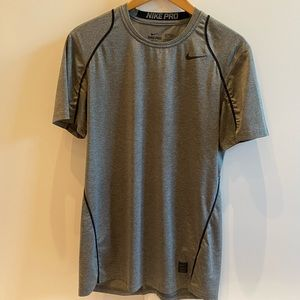 Nike Pro Athletic T-shirt